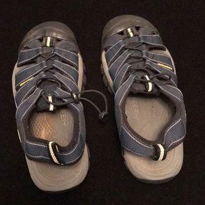 KEEN Women's/Men's ? sports sandals ❤️ sz 8